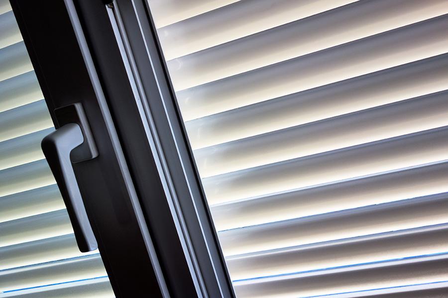 Persiana y ventana de aluminio en Santa Pola